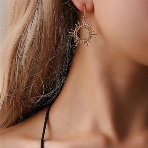 urban sun drop earrings